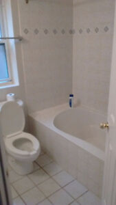 Spacious Room for Rent from Jan 1st Peterborough Peterborough Area image 3