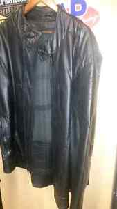 56 T Leather coat new with liner Windsor Region Ontario image 1