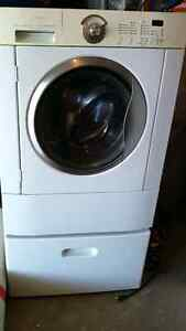 Frigidaire Gallery Series Washer with pedestal