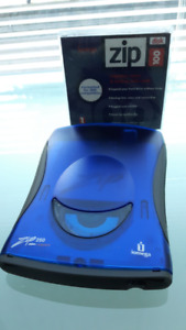 ZIP Drive and Disk - Portable External USB Drive