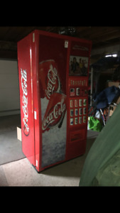 Coca cola vending machine fore sale!!!!!