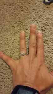 14K White Gold Diamond engagement Ring & band.  Reduced!!! Edmonton Edmonton Area image 8