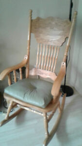 Press back Solid Pine Rocking Chair