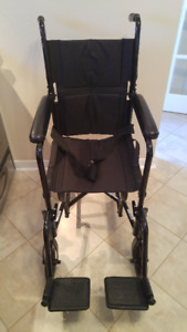 Wheelchair/transport chair, chaise roulante/ transport/Drive