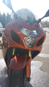 05 GSXR 750 open to offers