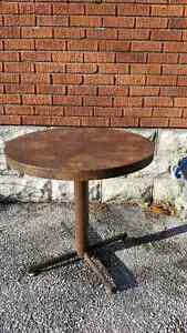Small Round Table with Heavy Metal Base Windsor Region Ontario image 1