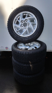 Arctic claw winter tires