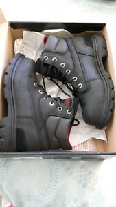 Women's Wolverine Safety Boot Size 9
