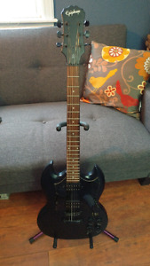 Epiphone G-310 Limited edition Pitch Black electric guitar