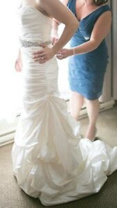 Size 6 Wedding Gown