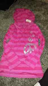 Girls long sleeve shirt with hood sz small 5/6: New with tags
