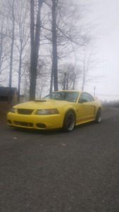 MUSTANG GT 2002 V8 4.6L MANUEL 5VIT AVEC MODIFICATION 6000$