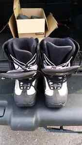 Fxr size 11 snowmobile boots  Kingston Kingston Area image 1