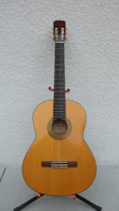 Alvarez Classical Acoustic Guitar $200