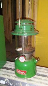 lampe coleman naphta, boite de transport