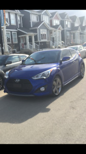 2013 Hyundai Veloster Turbo Coupe (2 door)