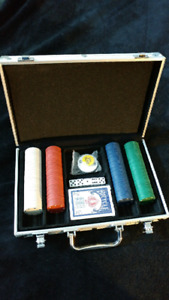 Amateur Poker Set (200 pc., with Cards, Buttons, Carrying Case)