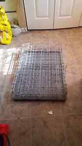 Pet cage carrier / kennel