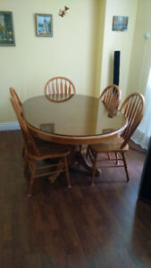 Dinner table (MOVING SALE)