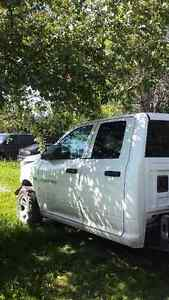 Parting out Dodge Ram 2011