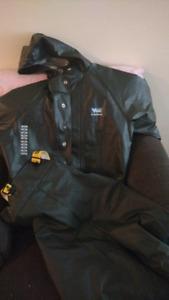 Viking mediun rain jacket and pants