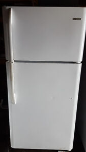 4 white frost free fridges 200.00 each, clean, works well, Deliv