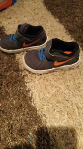 Soulier Nike Grandeur 9