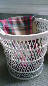 Cute White Wicker Basket London Ontario image 1