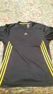 GUESS, ADDIDAS, URBAN, HIGH END SHIRTS West Island Greater Montréal image 2