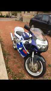 GSX-X SUZUKI FOR SALE