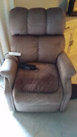 Pride lift Chair Model SR-525L barely used