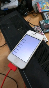 White iphone 4s - 16gb