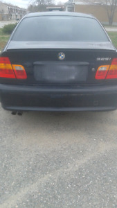 Selling my 2005 BMW 325 i executive edition $4,500 or BO. As is.