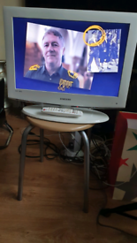 "Samsung 22"" inch full HD tv"