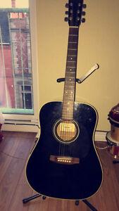 Nagoya Suzuki Guitar with a Case