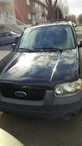 2005 FORD ESCAPE XLE---4cyl
