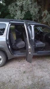 REDUCED PRICE! 2006 GMC Envoy SUV, Crossover