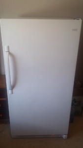 Frigidaire upright freezer 4 years old in great condition
