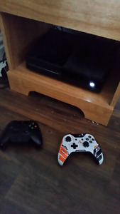 Xbox one with kinect, 2 controllers, and 13 games