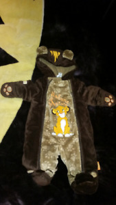 Disney's Lion King one piece snow suit 0-3 months