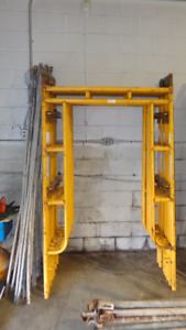Lots of Scaffolding Sections in Online Excell Auction Services