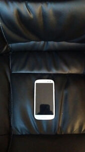 White Samsung Galaxy S3 (16 GB | Verizon Wireless) Sarnia Sarnia Area image 1