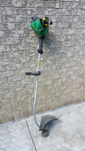 Weed eater feather lite gas trimmer