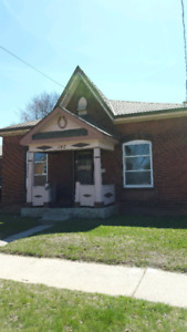 3-brm single family house on Elgin st. Avail as of June 1st.