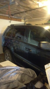 2007 Jeep Grand Cherokee Laredo SUV, Crossover