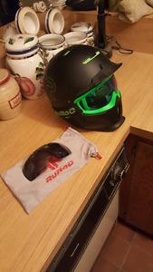 Ruroc RG1-X Snowboarding Helmet. Black viper