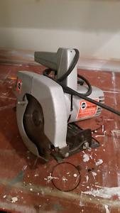 B&D circular saw