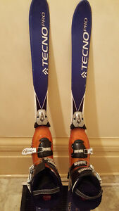 Youth Techno Pro Skis 120cm & Salomon Boots size 24 (used) Peterborough Peterborough Area image 1