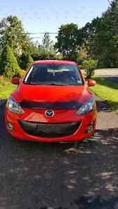 2011 Mazda Mazda2 Red Hatchback