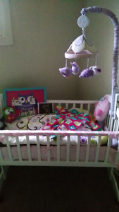 Brand new crib/bassinet